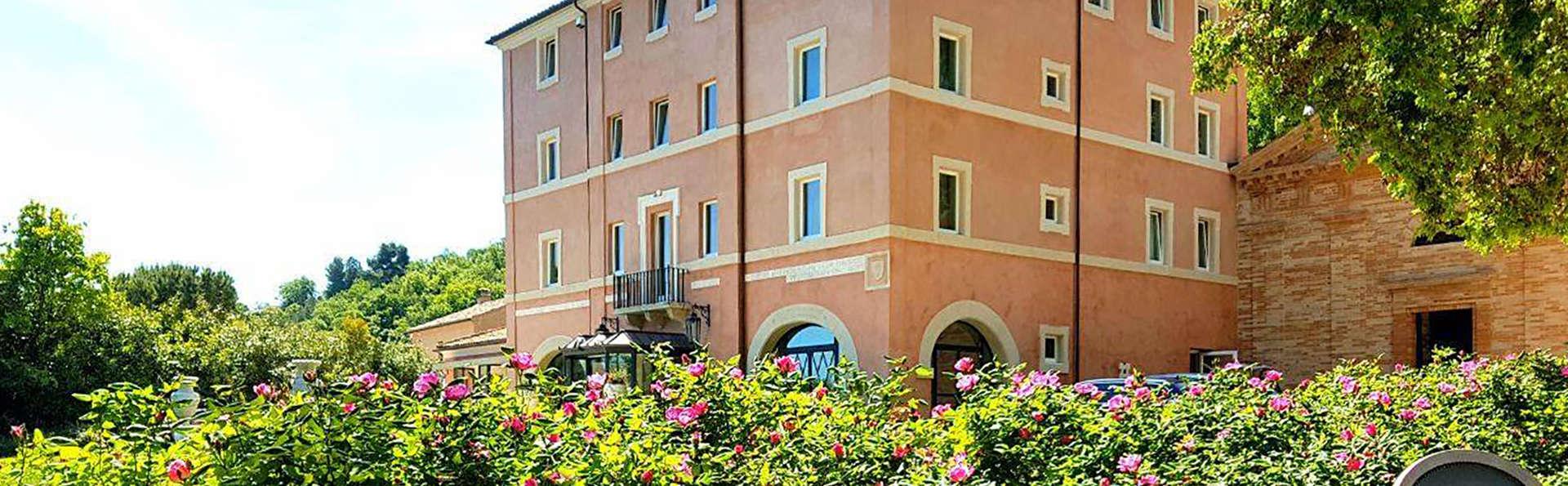 Villa Lattanzi - Edit_Front2.jpg