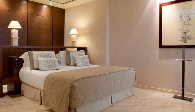 Hotel Las Arenas Balneario Resort - suite mare magnum