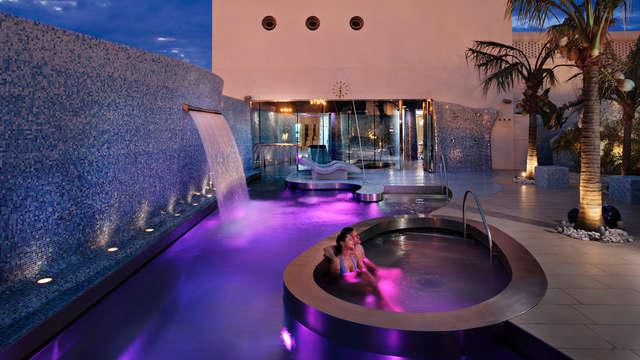 Spa de luxe : Pause thermal  dans un 5* avec accès direct à la plage de Valence.