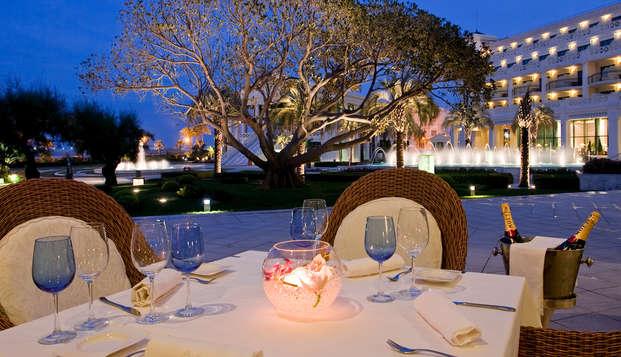 Hotel Las Arenas Balneario Resort - RESTAURANTE TERRAZA ATARDECER
