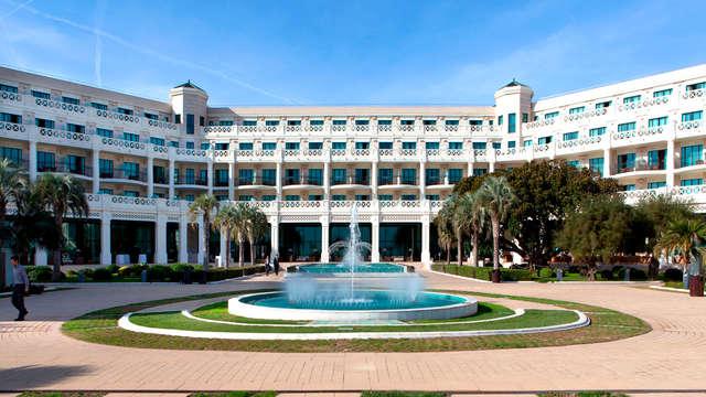 Hotel Las Arenas Balneario Resort - front