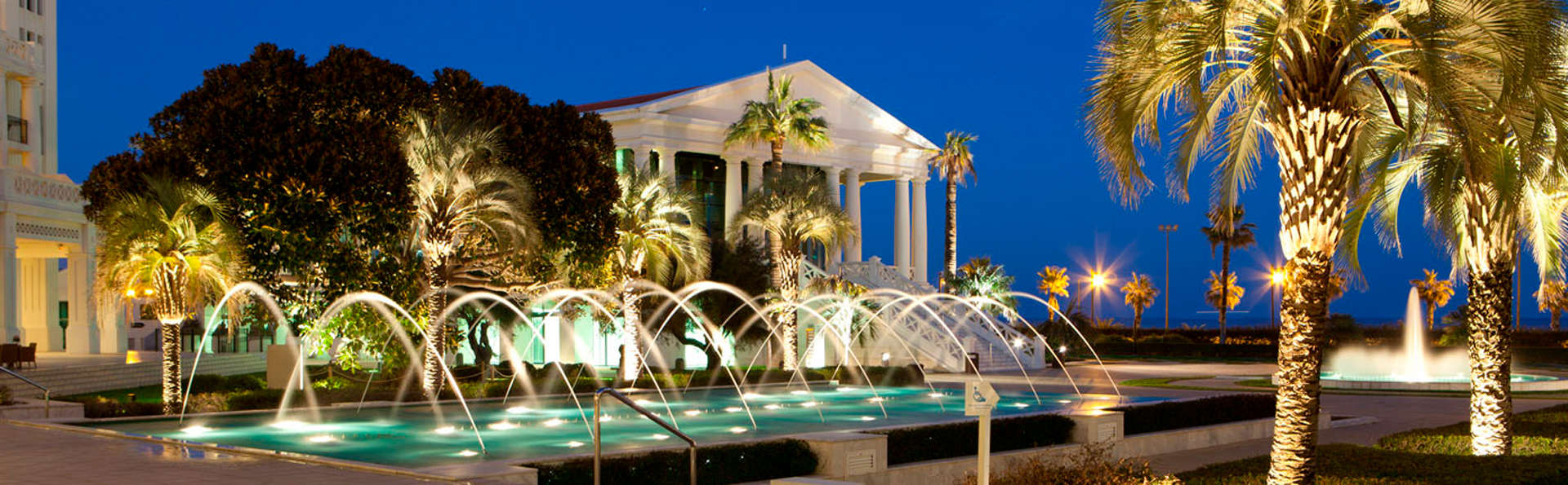 Escapade de l'amour avec dîner romantique dans un endroit de rêve à Valence