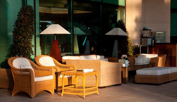 Hotel Las Arenas Balneario Resort - front terraza