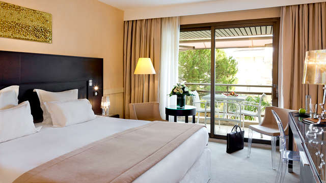 Hotel Barriere Le Gray d Albion Cannes - Room