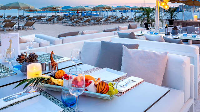 Hotel Barriere Le Gray d Albion Cannes - Terrace