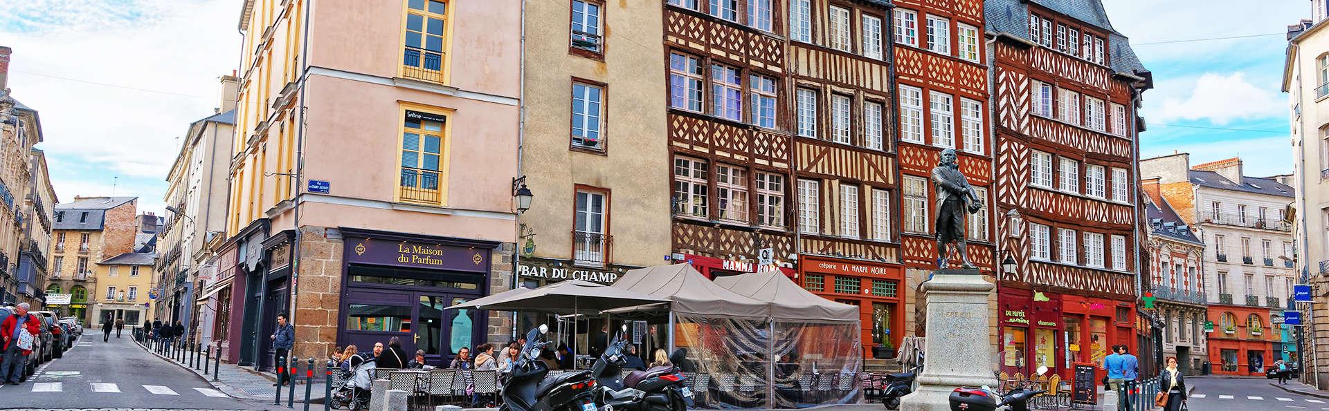 Visitez la belle ville de Rennes en chambre Deluxe