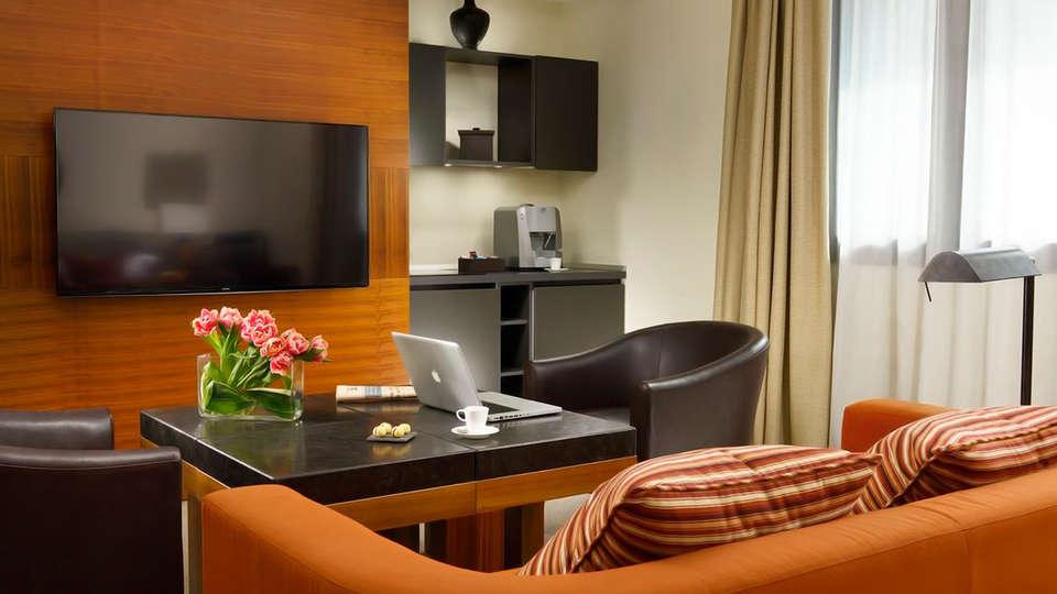 Milan Suite Hotel - edit_openspace_suite.jpg