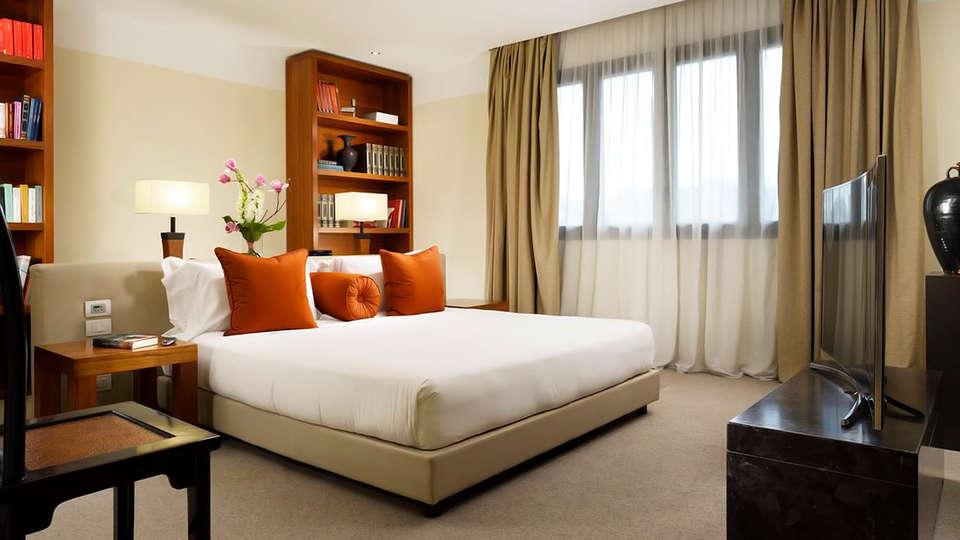 Milan Suite Hotel - edit_suite.jpg