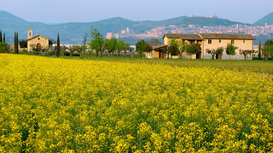 Valle di Assisi Country Apartments - EDIT_NEW_exterior.jpg