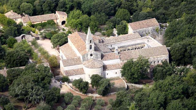 ¡Descubre el departamento francés de Var! con visita a la abadía del Thoronet