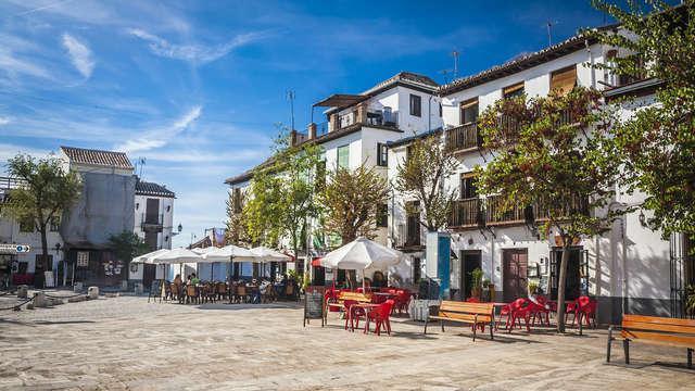 Escapada Relax con acceso al spa en Hotel 4* del centro de Granada y visita guiada