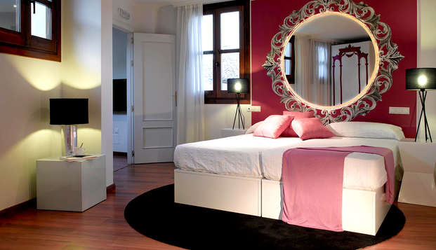 Oferta limitada: Alójate en una mansión restaurada en Granada con acceso al spa (Desde 2 noches)