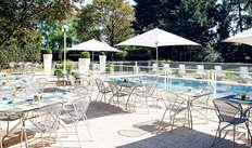 toegang tot het buitenzwembad