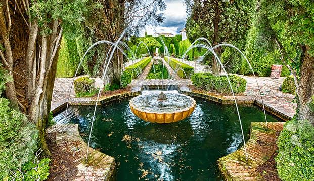 Scopri Granada con visita guidata, spa e colazione inclusa