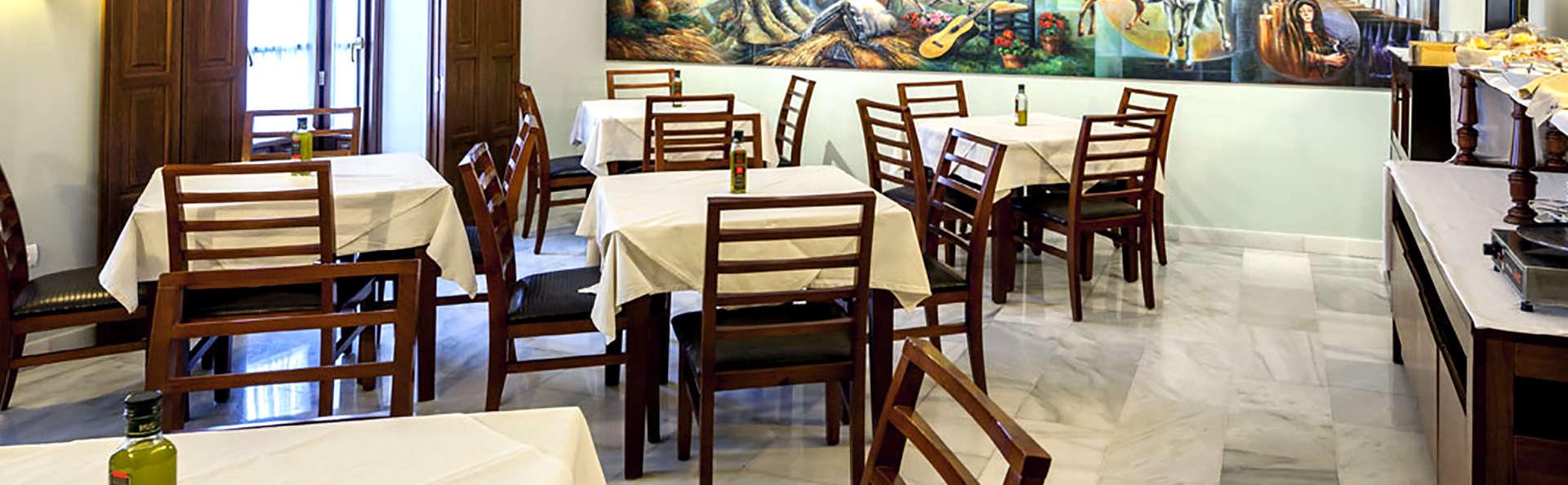 Hotel Las Casas del Duque - Edit_Restaurant2.jpg