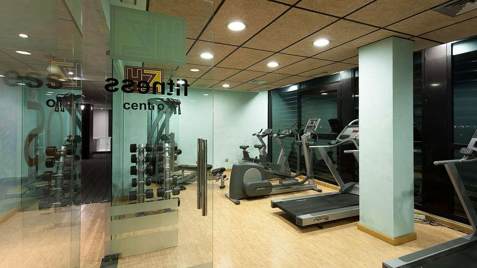 Hotel Las Artes - EDIT_gym1.jpg