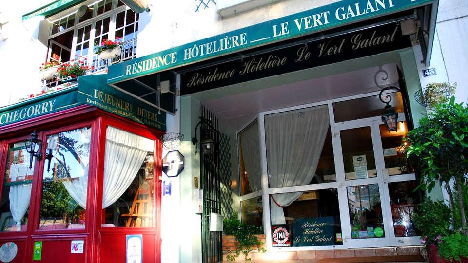 Hotel - Restaurant Le Vert Galant - Edit_Front.jpg