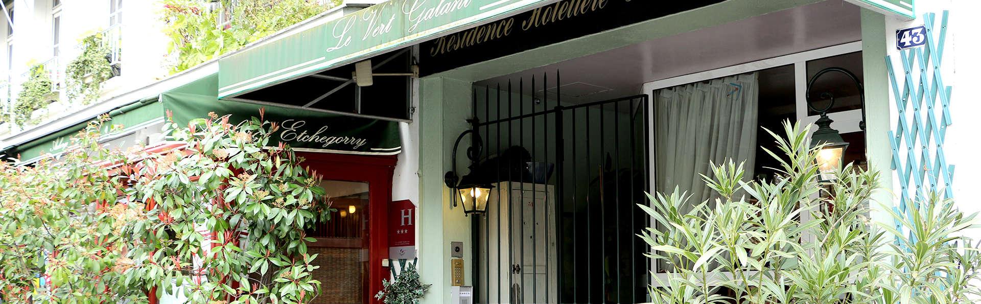 Hotel - Restaurant Le Vert Galant - Edit_Front3.jpg