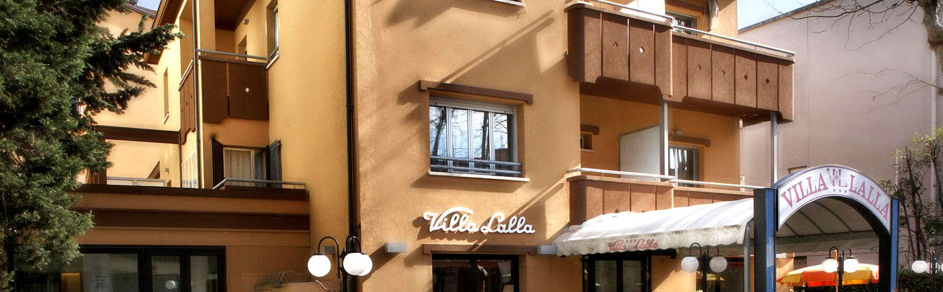 Hotel Villa Lalla - Edit_Front2.jpg