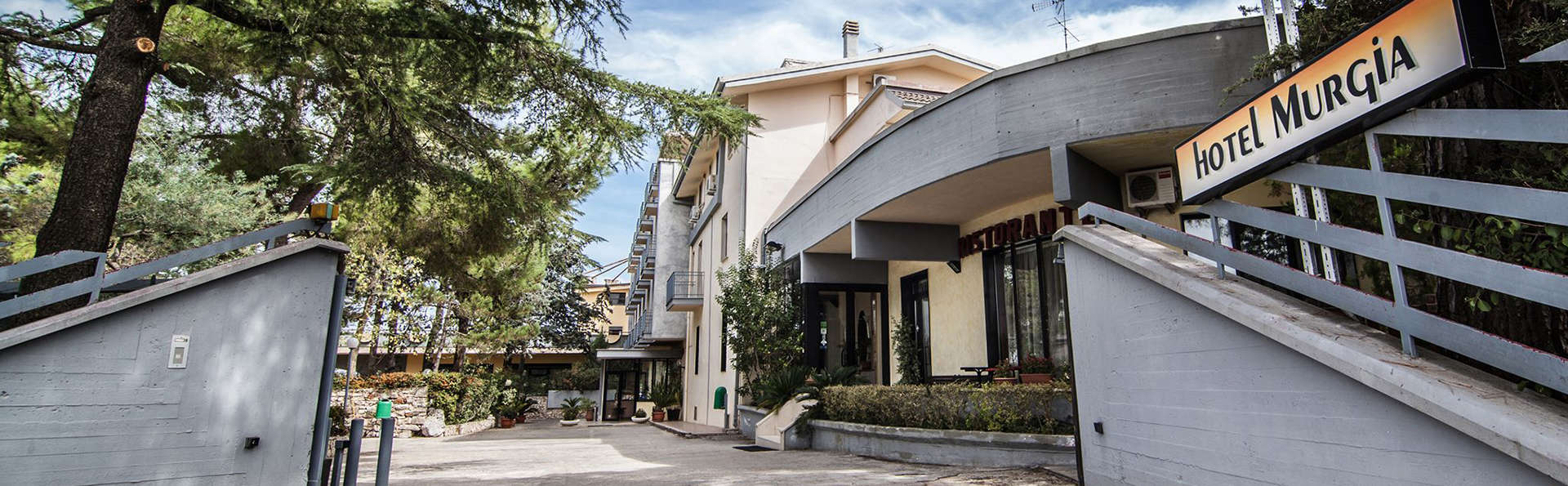Hotel Murgia - EDIT_front.jpg