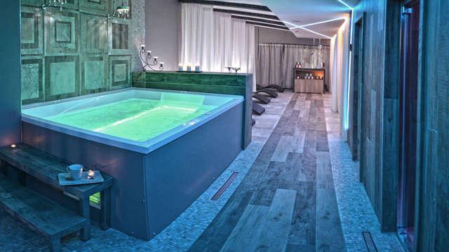 Romantisch weekend in Salerno: nachtje in Deluxe kamer met privéspa, massage en romantisch diner