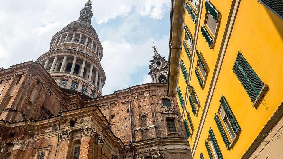 Hotel Cavour - EDIT_destination1.jpg