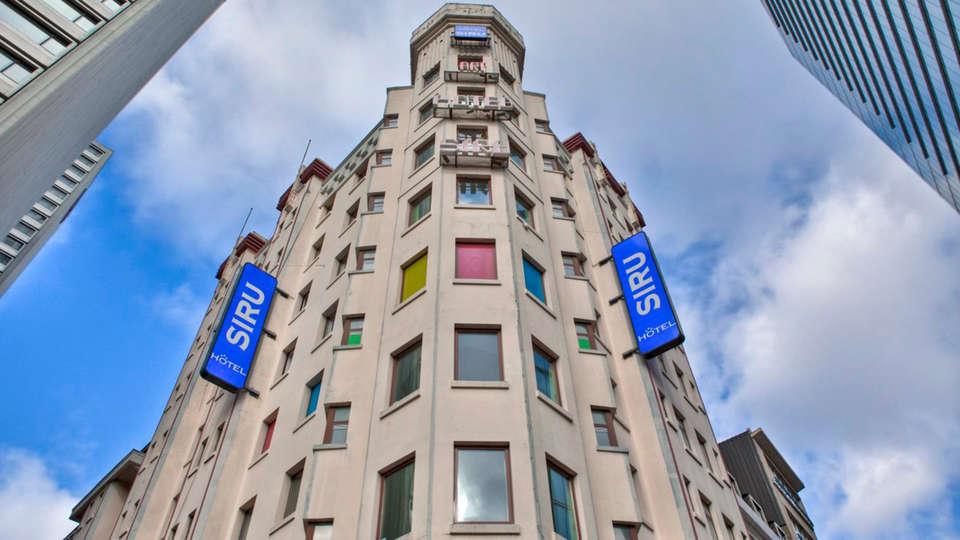 Hotel Siru - EDIT_front.jpg