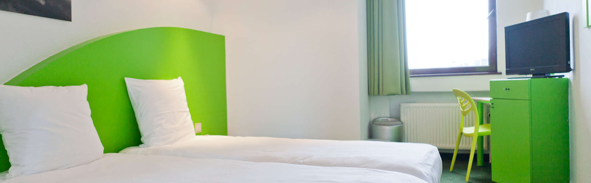 Hotel Siru - EDIT_room6.jpg