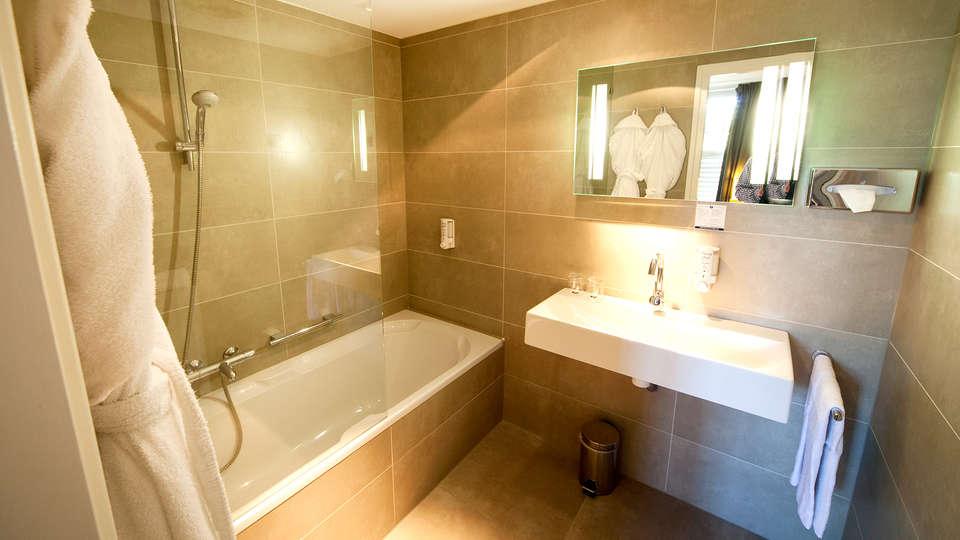 Fletcher Hotel-Restaurant Sallandse Heuvelrug - Edit_Bathroom2.jpg