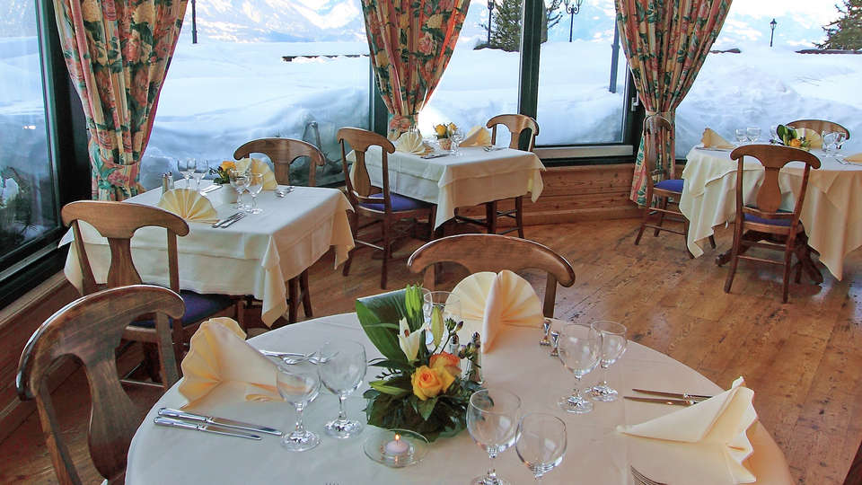Chalet Royal - edit_new_restaurant2.jpg