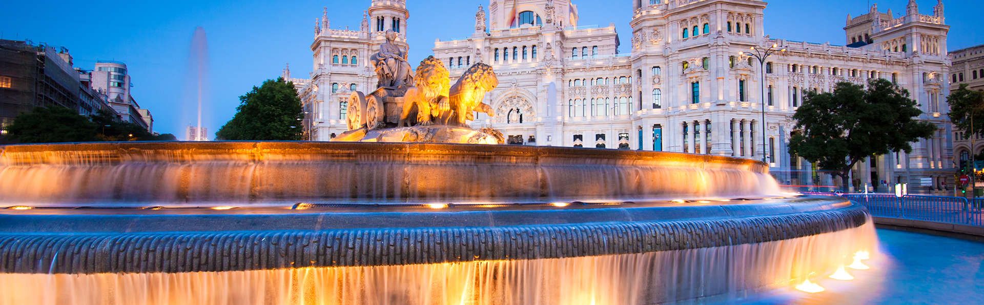 Découvrez Madrid avec une visite en bus touristique et un spectacle de flamenco