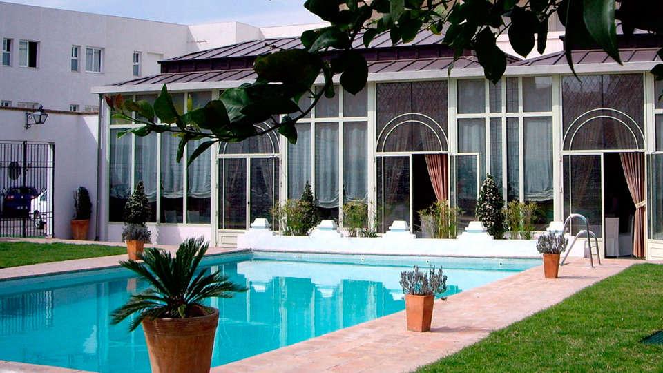 Hotel Oasis - EDIT_pool2.jpg