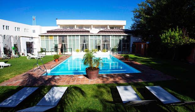 Évadez-vous de la chaleur de Cordoue en séjournant dans cet hôtel avec piscine
