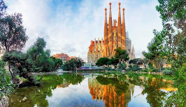 Visita la espectacular Sagrada Familia con cena (desde 3 noches)