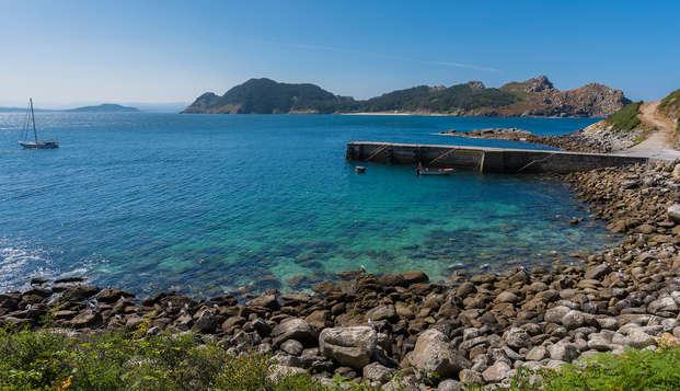 Escapada con crucero a la Isla de Ons, acceso al Spa y trato VIP en Sanxenxo