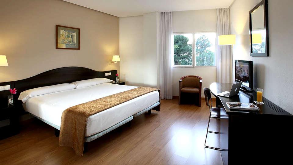 Hotel Villa de Biar - Edit_Room2.jpg