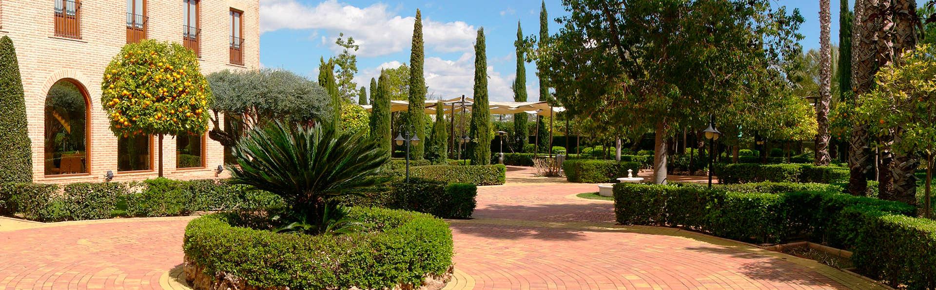 Hotel Ad Hoc Parque Golf - EDIT_exterior.jpg