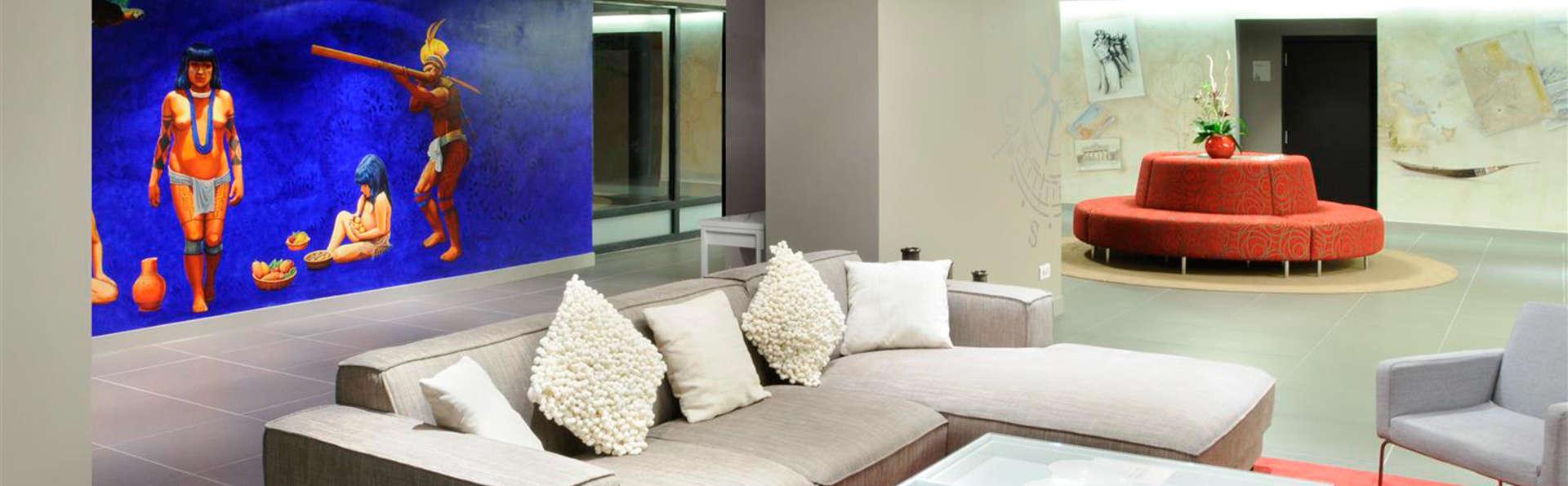 Best Western Plus - Hôtel de Chassieu - EDIT_lobby.jpg