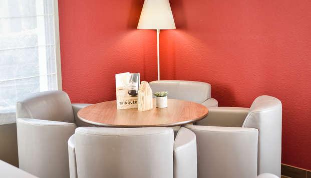Hotel-Restaurant Campanile Clermont Ferrand Nord - Lounge