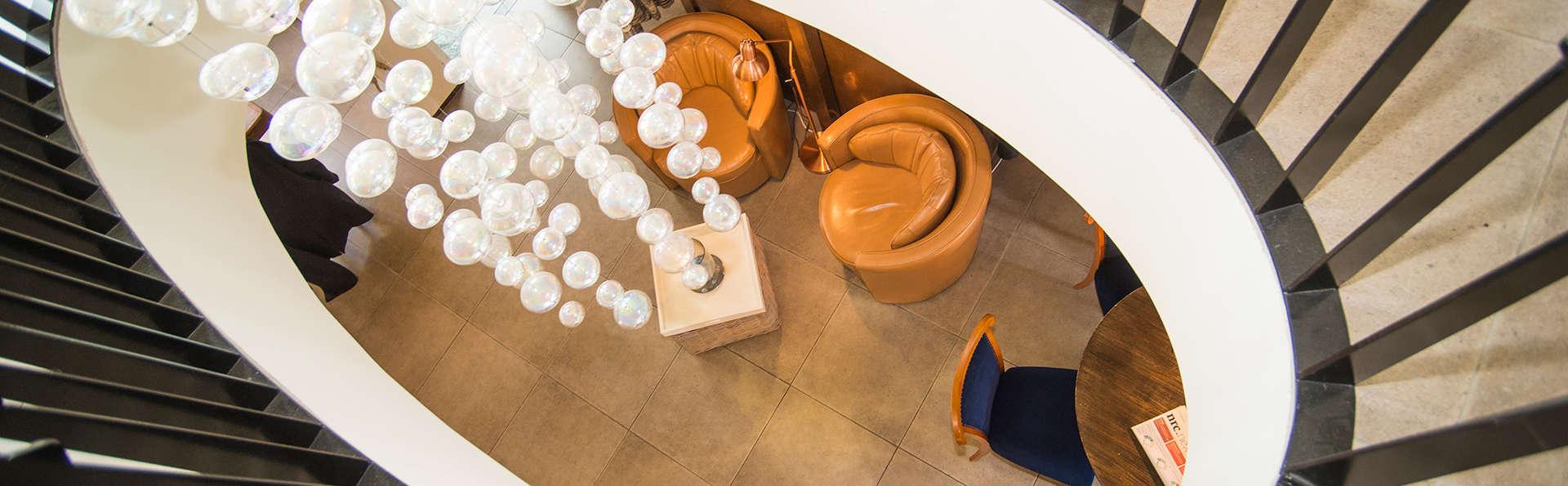Hotel Wymerts - EDIT_NEW_interior.jpg