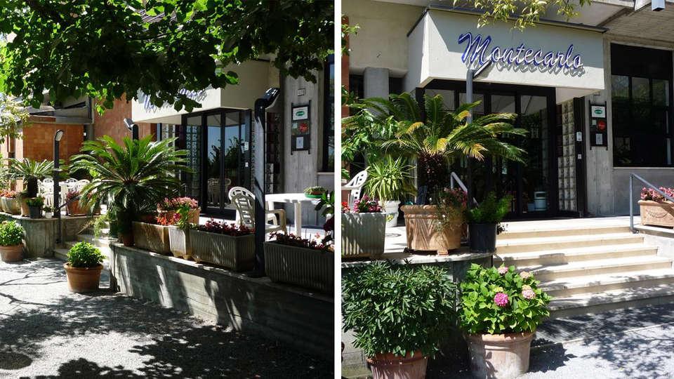 Hotel Montecarlo - Edit_Entrance.jpg