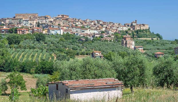 Relax en Chianciano Terme: acceso a las piscinas Theia y masaje relajante