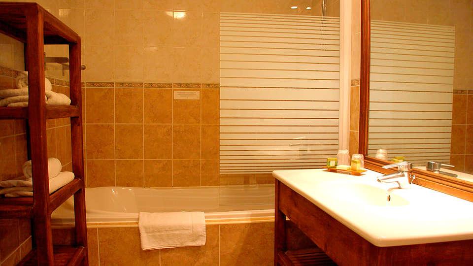 Le Belvédère - EDIT_bath.jpg