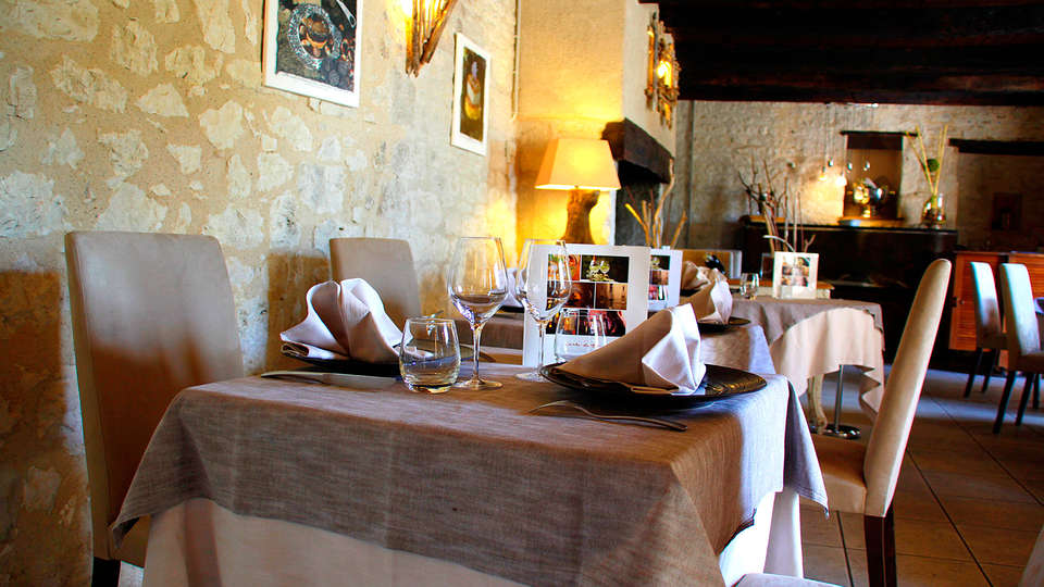 Le Belvédère - EDIT_restaurant3.jpg