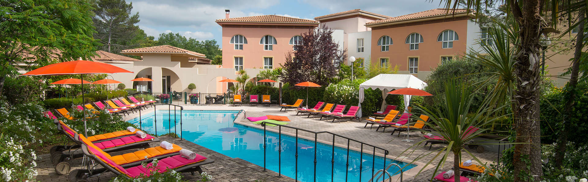 Mercure Antibes Sophia Antipolis - EDIT_pool.jpg