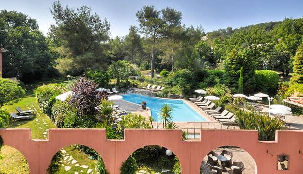 Oferta especial: alarga el verano en un hotel con encanto en Antibes (desde 2 noches)