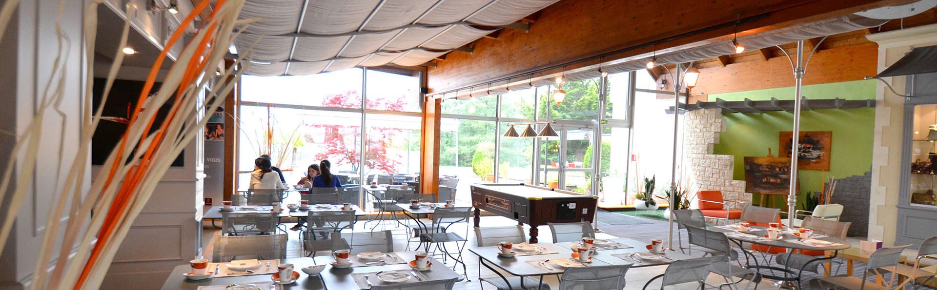 Kyriad Direct Poitiers Nord Futuroscope - EDIT_restaurant1.jpg