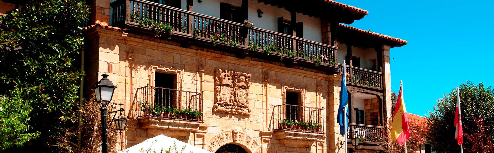 Hotel Los Infantes - Edit_Front.jpg