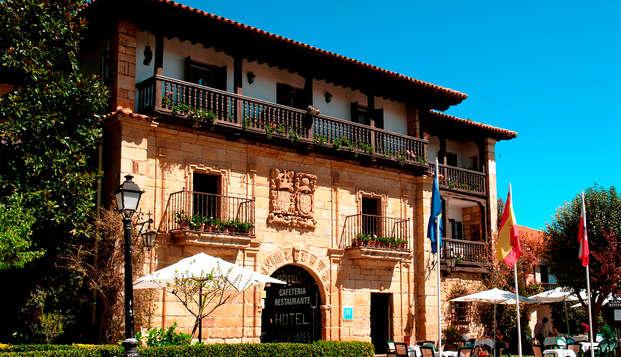 Encanto, vino y tapas en este bonito hotel situado en el centro de Santillana del Mar