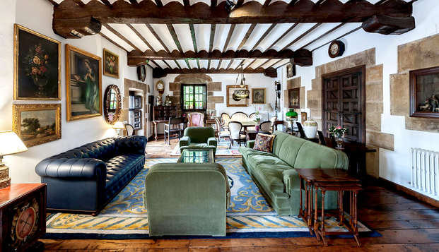 Escapada con desayuno incluido en habitación con balcón en un palacio del siglo XVIII